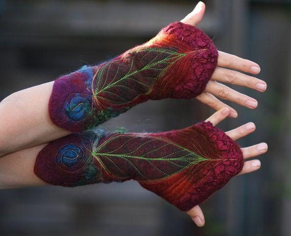 Felted Cuffs  Felted gloves  Arm warmers  Felt by FeuerUndWasser