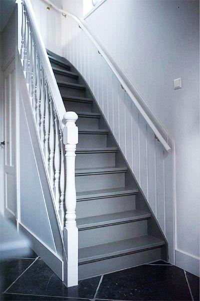 25 beste idee n over geschilderde trap op pinterest verf trap trappen schilderen en - Geschilderde houten trap ...