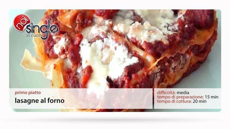 http://www.youtube.com/subscription_center?add_user=NoiSingleInCucina Uno dei piatti più amati in tutto il mondo che ha ispirato molte varianti con ingredienti diversi. Fra queste ne proponiamo una veloce in semplici passaggi.  Difficoltà: media Tempo di preparazione: 15 min Tempo di cottura: 20 min Costo: medio #lasagnealforno #lasagneallabolognese #lasagne #ragudicarne #ragu #primipiatti #noisingleincucina #ricettepersingle #cucinaitaliana #ricettefacili #singleincucina #facile
