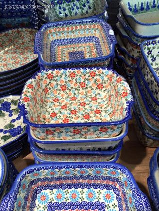 Polish Pottery Shopping in Boleslawiec, Poland - A Complete Guide | JavaCupcake.com