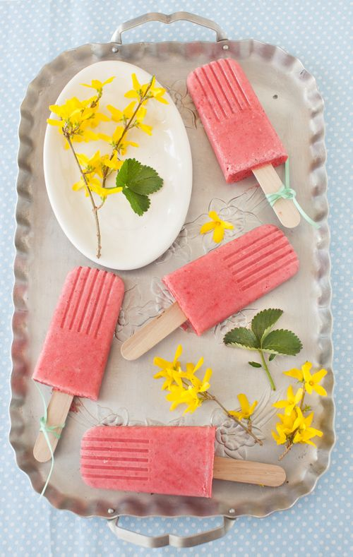 Strawberry Smoothie Popsicles
