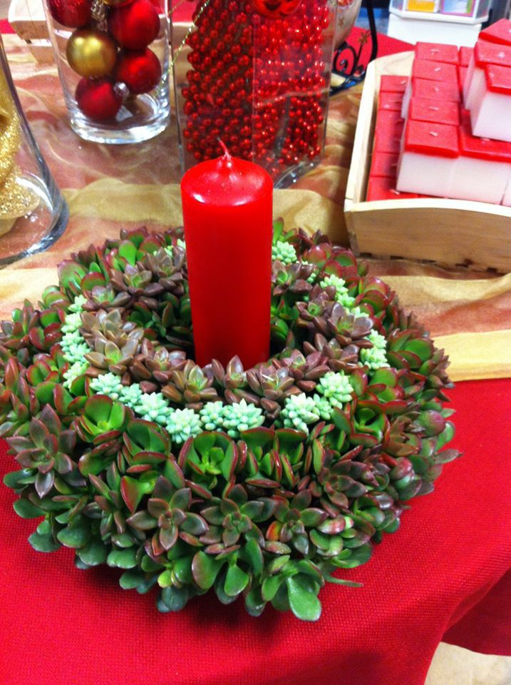Best classic holiday centerpieces images on pinterest
