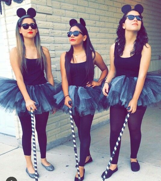 3 blind mice - Creative Halloween Costume Idea
