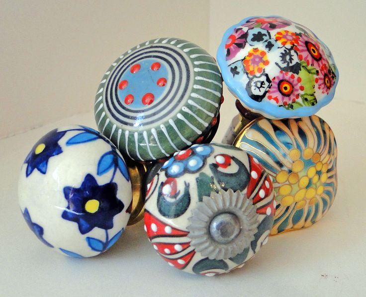 Tiradores de cerámica PEHACHE.