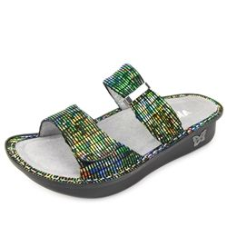 Click here for AlegriaShoeShop.com and the Karmen Prime Time Rave sandal by Alegria Shoes.   Comfort, style,