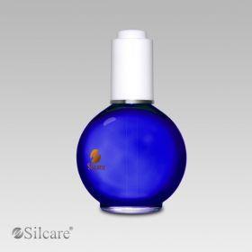 Silcare Ενυδατικό Λάδι Επονυχίων 75ml (Βανίλια) Ενυδατικό λάδι επονυχίων με εκχύλισμα αμυγδαλέλαιου και ροδάκινου, εφαρμόστε το σε στεγνό και καθαρό δέρμα στην περιοχή των επονυχίων ακόμα και στην επιφάνεια του νυχιού. Περιποιείται την περιοχή γύρω από τα νύχια και προλαμβάνει το ξεφλούδισμα και την ξηρότητα. Το καπάκι έχει σταγονόμετρο για εύκολη εφαρμογή και οικονομία προϊόντος. Τιμή €9.50