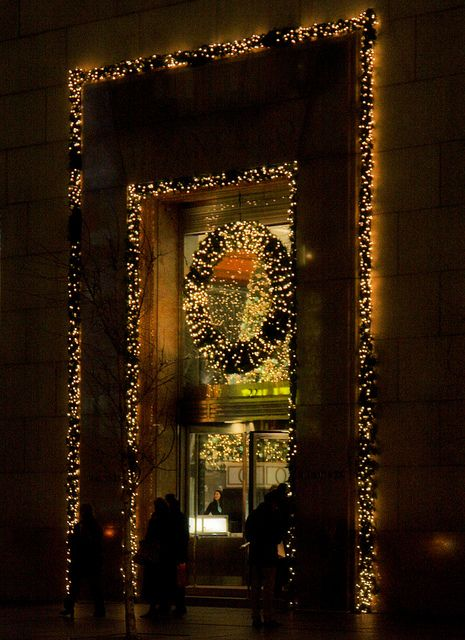 Tiffany's Christmas on Fifth Avenue, NYC