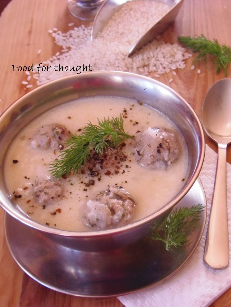 Γιουβαρλάκια σούπα http://laxtaristessyntages.blogspot.gr/2013/01/blog-post_13.html
