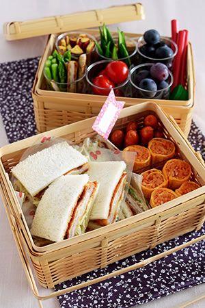 ミルフィーユかつサンドとロールオムライスの行楽弁当 | お菓子・パンのレシピや作り方【corecle*コレクル】