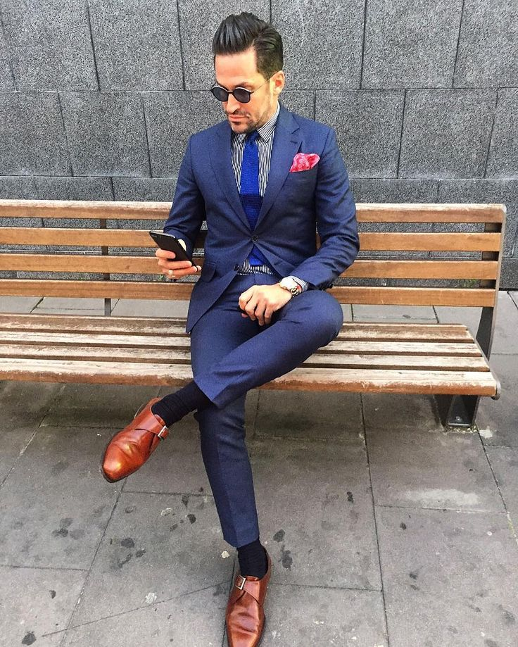 nice 30 Ways To Style Royal Blue Pants - Super Combinations For Men Who Love Blue Check more at http://stylemann.com/best-ways-to-style-royal-blue-pants/