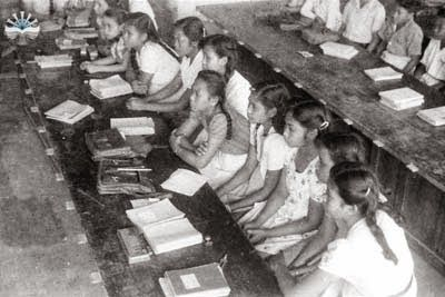 """Info Berita Baru Terbaik: Ebook Kumpulan Foto Lama"""" Keadaan sekolah menengah..."""