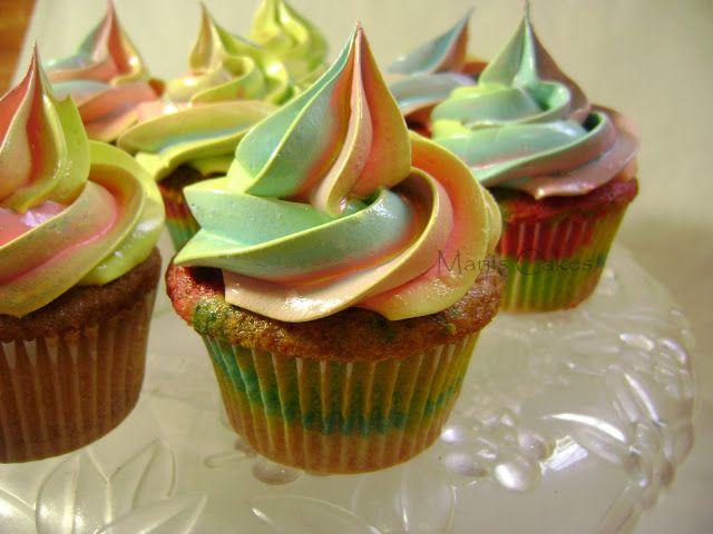 Suspiro Multicolor y Cupcakes de Arco Iris | Mari's Cakes