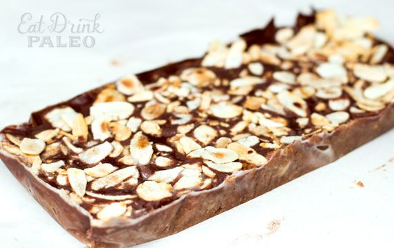 chocolate caramel bars made with cashews, dates, coconut oil and almonds