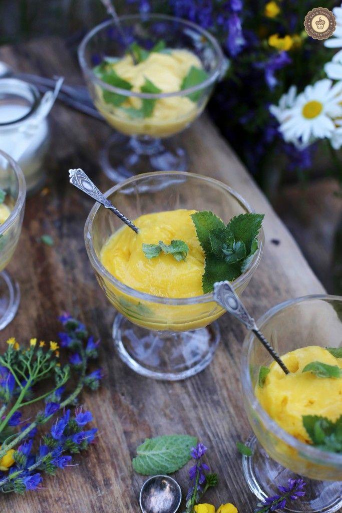 Gluten-free mango and coconut ice-cream