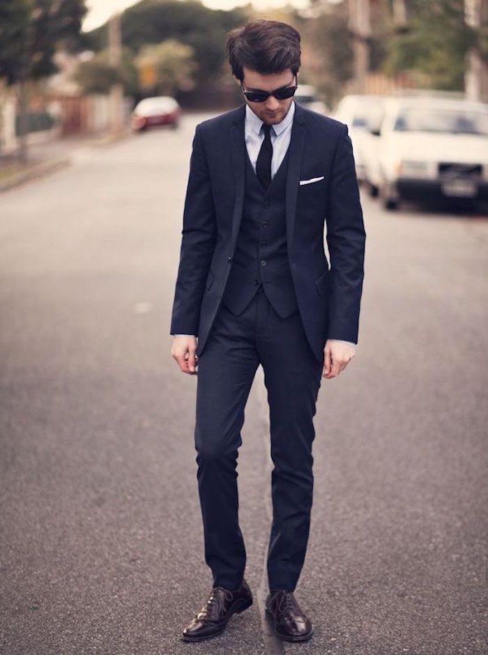 Le costume bleu marine homme – élégance et sobriété | Style