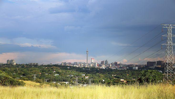 CROSSING THE KOPPIES Heather Mason goes hiking in Johannesburg - Melville Koppies