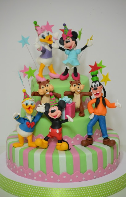 disney inspired characters walt disney clubhouse playhouse mickey mouse minnie goofy tribilin pluto squirrels chip dale donald duck daisy duck fondant modeling omg!