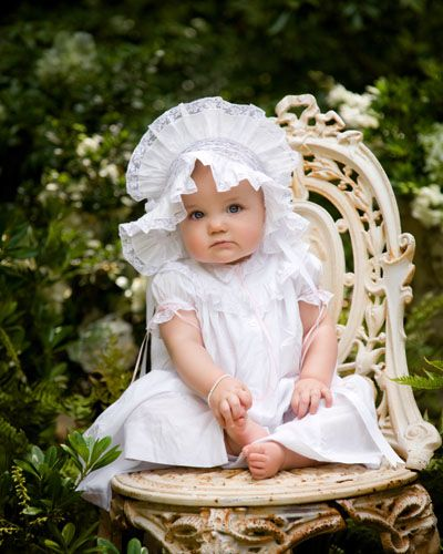 A baby photo shoot in the garden by Laura Cantrell