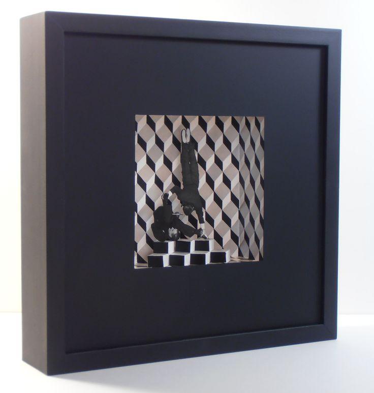 Dino&Elvi Flamini II. Collages i acrílic sobre cartró. 30x30x7 cm.