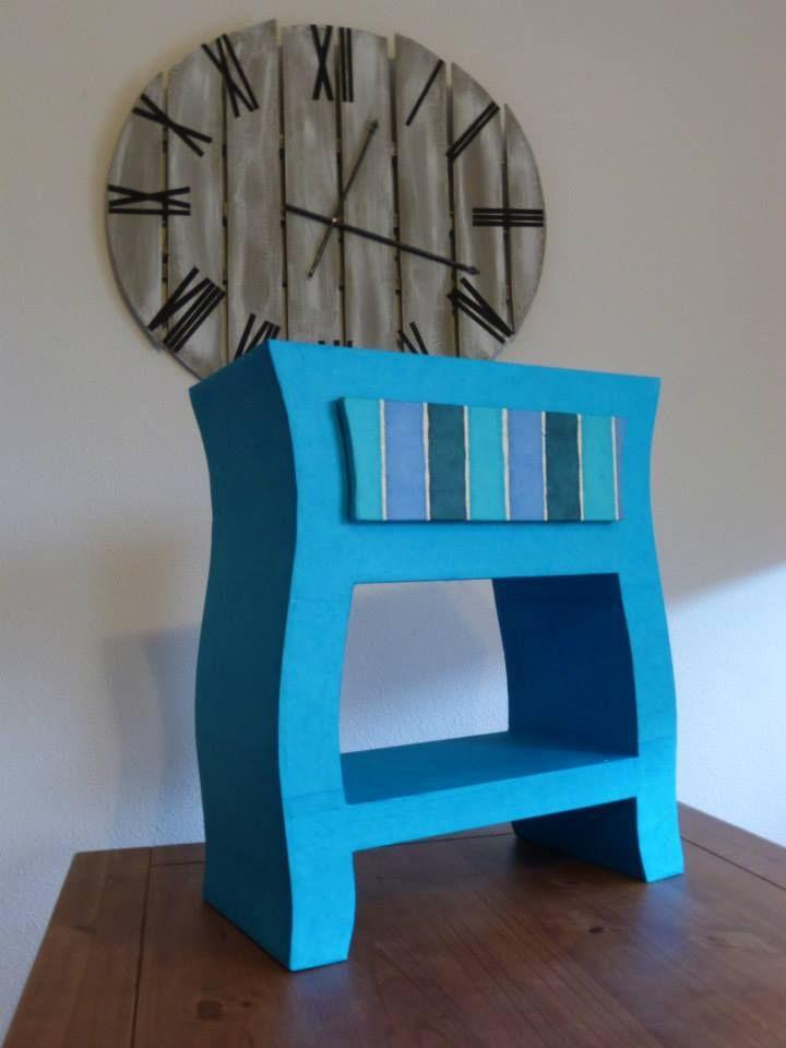 Table de chevet bleu
