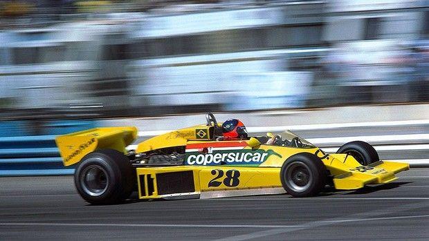 Fittipaldi 1977   Emerson Fittipaldi guia o carro de Fórmula 1 da Copersucar em 1977 ...