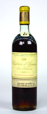 Lot 642 - 1 x Chateau d`Yquem 1962 750ml