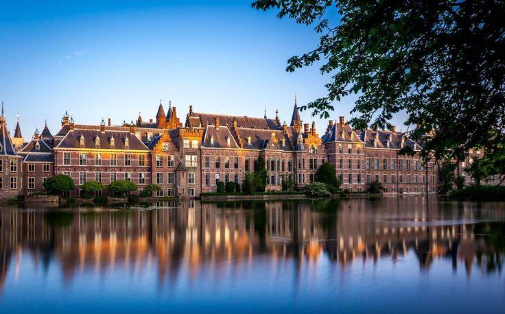 The Binnenhof inThe Hague