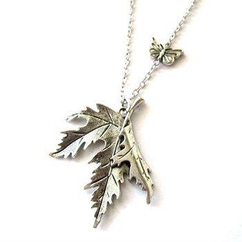 Ketting met blad hanger en vlinder zilver kleurig - foto 1