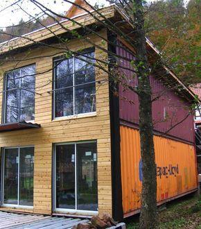 Auto construction dune maison conteneur rothbach ma for Container maison passive
