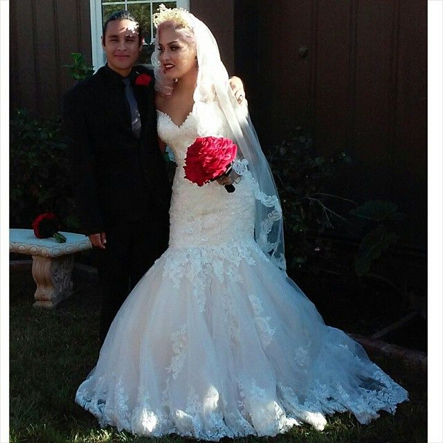 a close friend of mine got married today congratulations