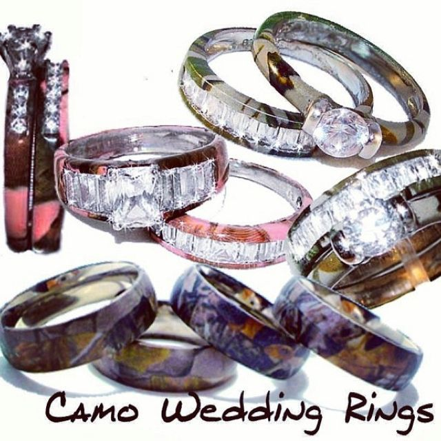 Camo wedding rings I would love this