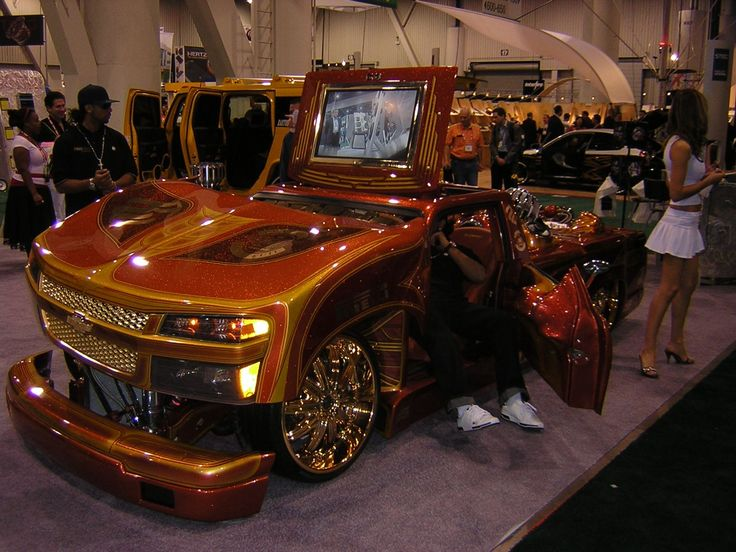 25 best ideas about pimped out cars on pinterest custom peterbilt semi trucks and custom big. Black Bedroom Furniture Sets. Home Design Ideas