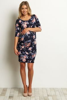 You can be sure to look beautiful through all of motherhood's transitions with this floral maternity dress. A fitted style shows off your bump effortlessly for any event and occasion this year. Style this maternity dress with heels for date night or pair with flats for a casual look.