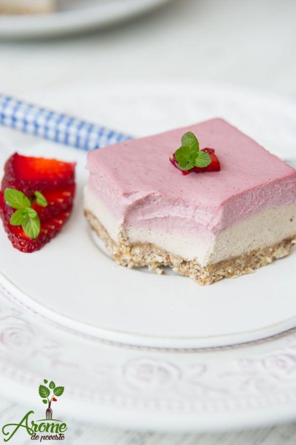 prajitura raw, prajiturav raw cu capsuni si vanilie