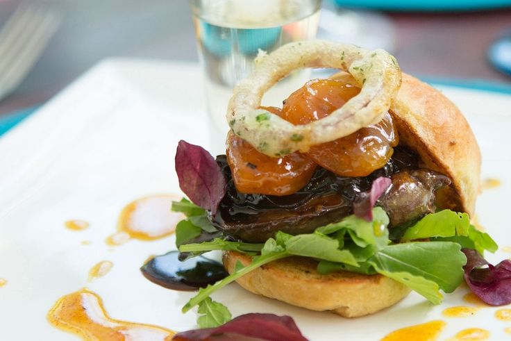 The award-winning Monneaux Restaurant in Franschhoek Country House & Villas is luxury and charm at its best.