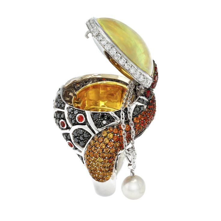 Designed to inspire.   Find Alberto Prandoni by Italian Design Jewelry at Grenon's> http://www.grenons.com?utm_content=buffer479dd&utm_medium=social&utm_source=pinterest.com&utm_campaign=buffer