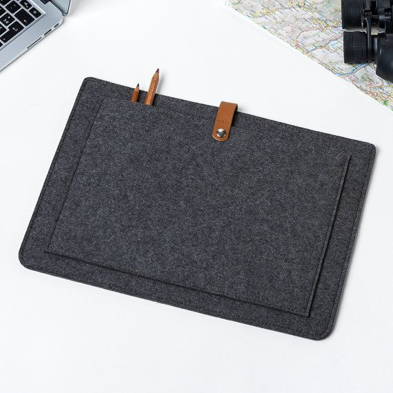 BLACK FRIDAY DEALS Felt Macbook 15 Pro Retina Case  by NUACAshop