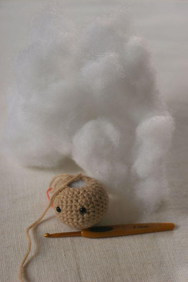 How I... stuff a crochet doll. Great information!   #crochet
