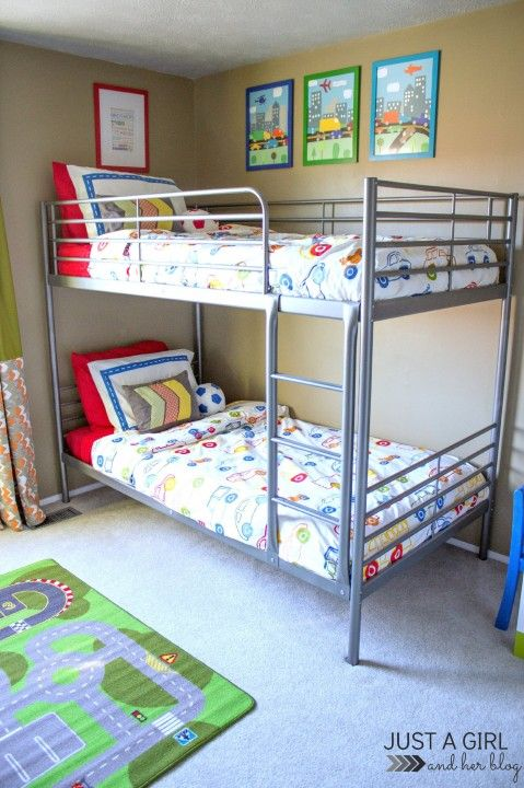 17 best ideas about small boys bedrooms on pinterest boy for Teenage bunk beds ikea