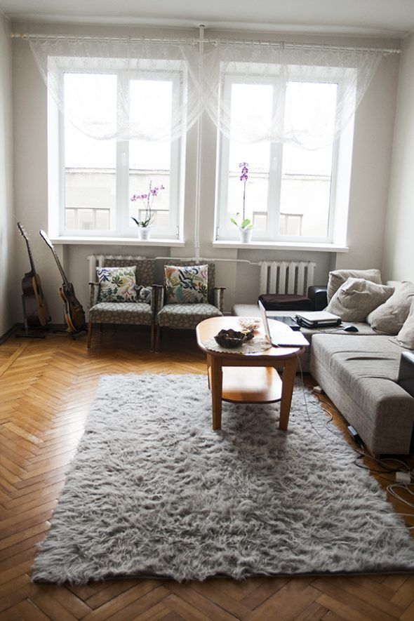 Small Living Room Interior Design With Grey Fur Rug Above Wooden