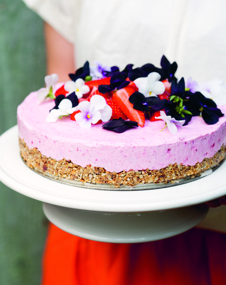 Frozen strawberry cake on sunflower seed base!