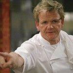 Le célèbre chef cuisinier Gordon Ramsay rencontre des problèmes judiciaires pour son restaurant de Los Angeles, menacé de fermeture.