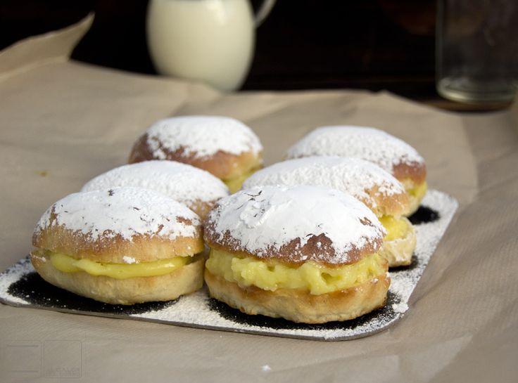 Al Calor del horno: Receta de carmelas. dulce típico de Jerez de la Frontera. [ O Aldeanas, de Osuna]