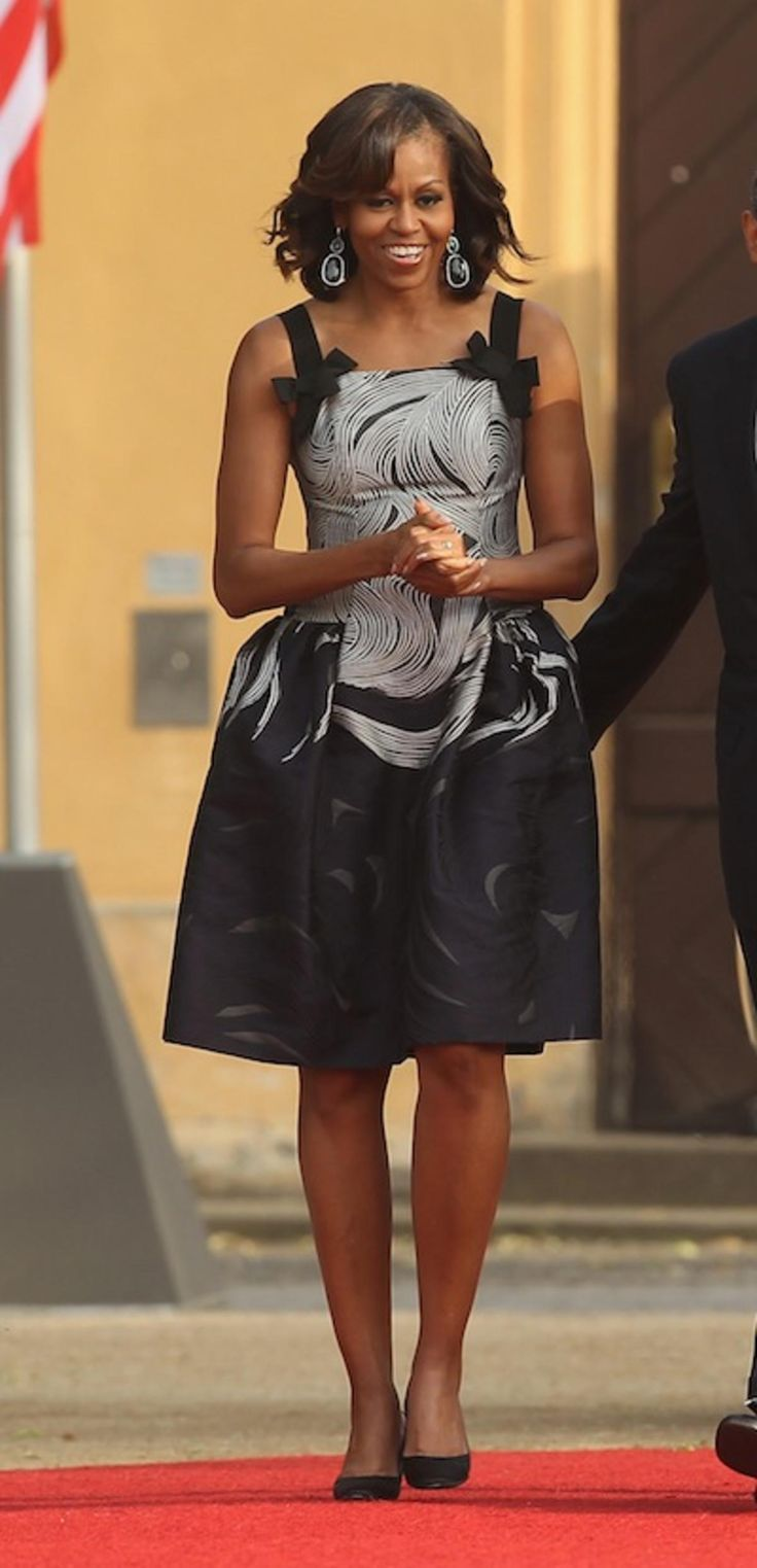 17 Best Ideas About Michelle Obama Black Dress On Pinterest Michelle Obama Fashion Michelle