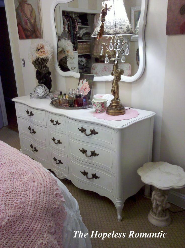 The Hopeless Romantic: Romantic Bedroom