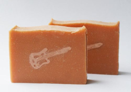Homemade Christmas Gift Idea for Men - DIY Handmade Electric Candied Orange Soap Recipe