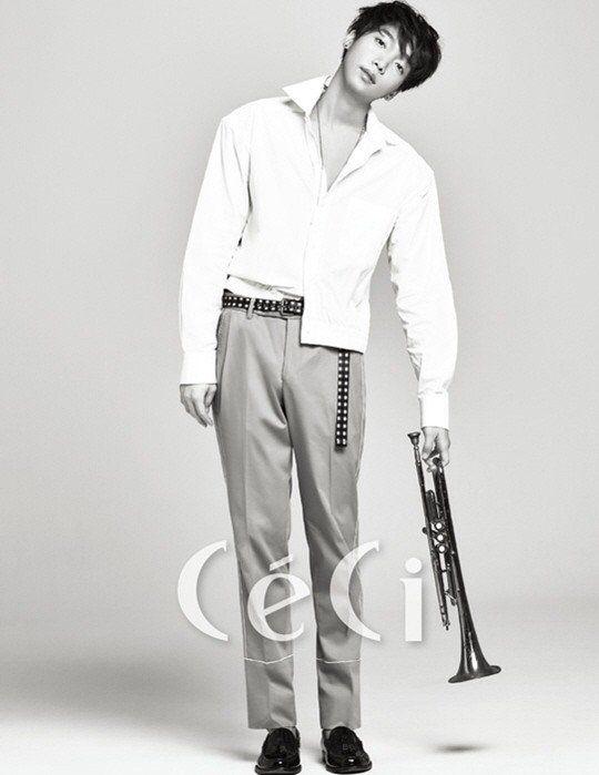 'Produce 101's Kim Sang Kyun, Yu Seon Ho, Jung Se Woon, Kim Dong Han, Kim Yong Guk, Ahn Hyung Seob, and Lee Eui Woong get together for 'CeCi' | allkpop.com