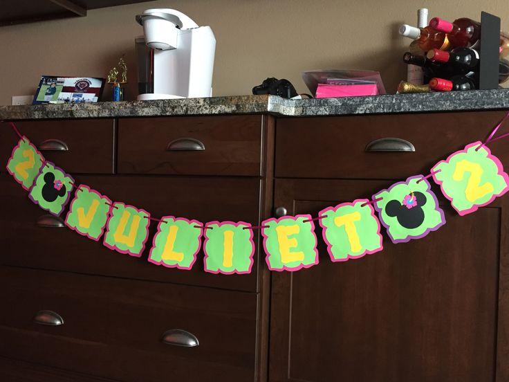 Minnie luau birthday banner made with cricut