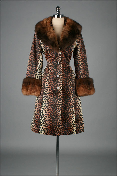 Vintage 1960s Coat LILLI ANN Leopard Print by millstreetvintage