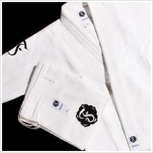 Possibly my next gi.  Well, more likely my next next gi because I should probably get a Gracie Barra gi......this keeps outcorrecting gi to say go